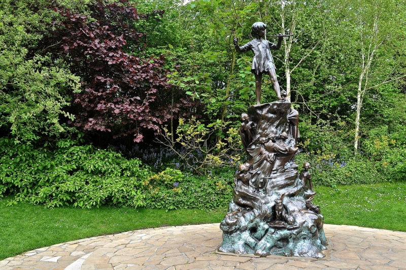 The bronze statue of Peter Pan in Kensington Gardens