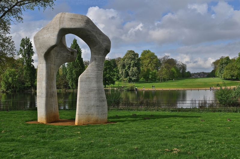 Henry Moore's Arch, Kensington Gardens
