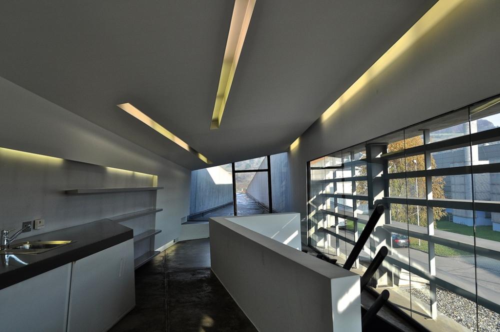 Zaha Hadid Fire Station - Vitra - kitchenette upstairs