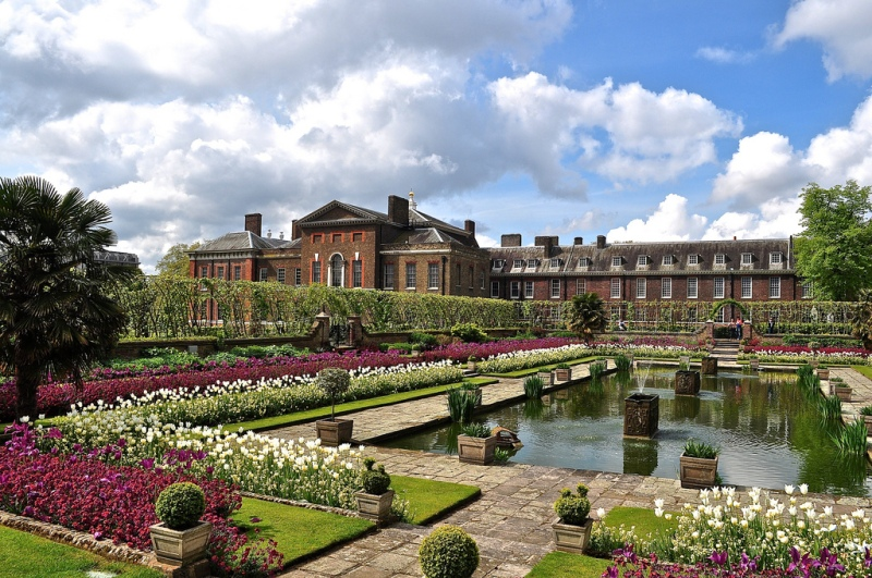 Kensington Palace with the new gardens