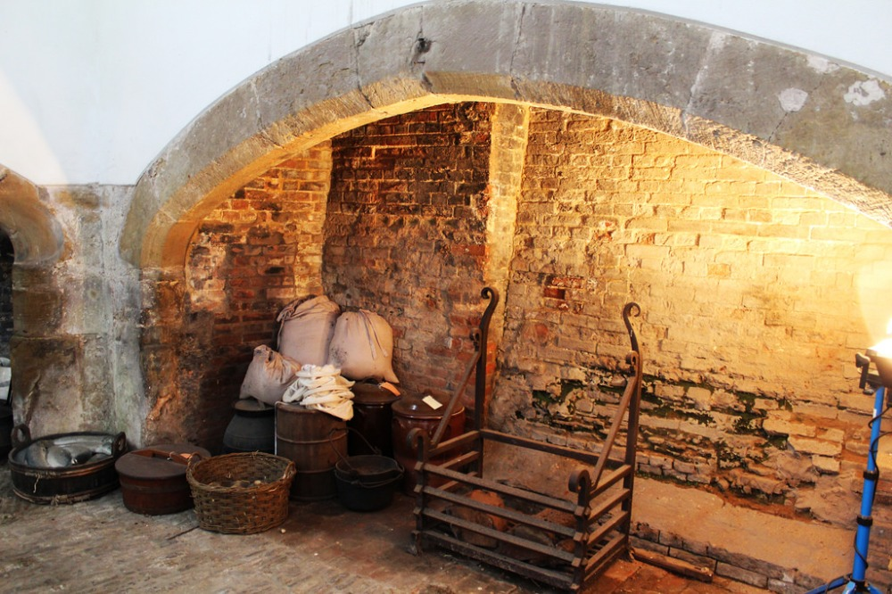 Cowdray Ruins, Alexandra Pinhorn 4