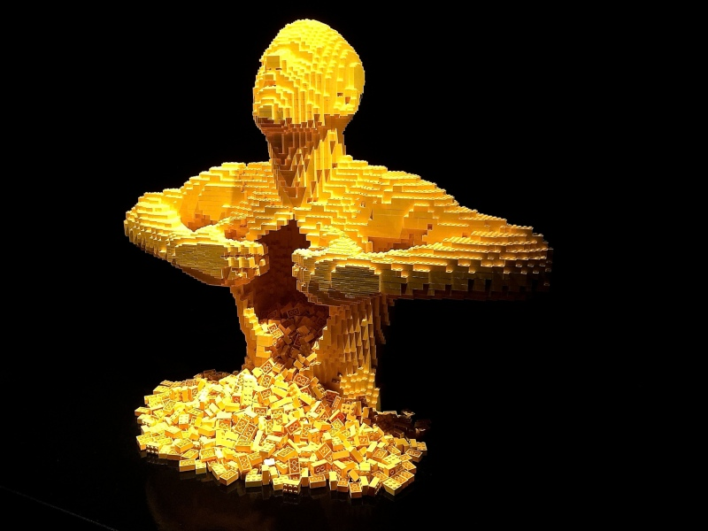Yellow - Nathan Sawaya - The Art of the Brick