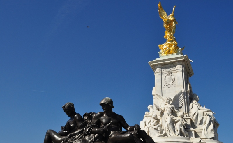 The Victoria Memorial -St James's Park, London