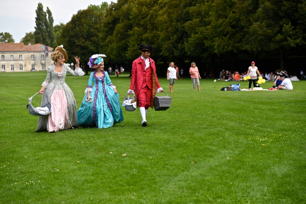 Picnicking in the Corderie Royale, Rochefort by Sue Lowry
