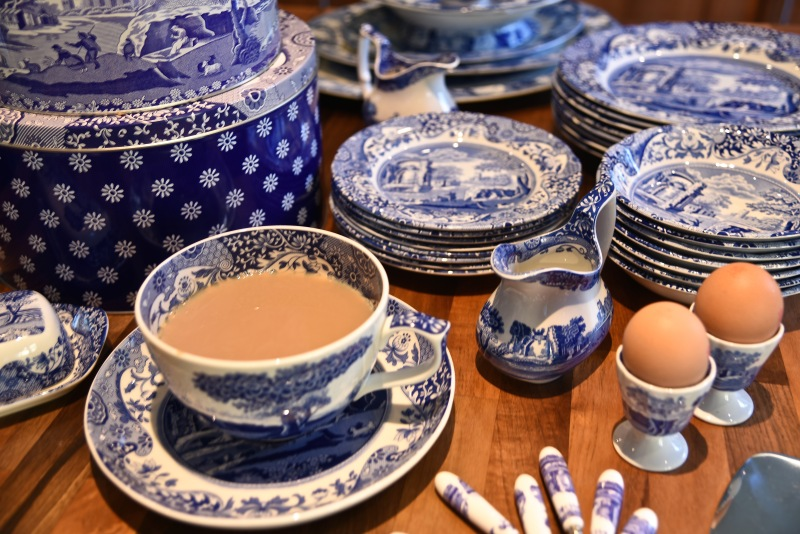 Spode Blue Italian by Sue Lowry