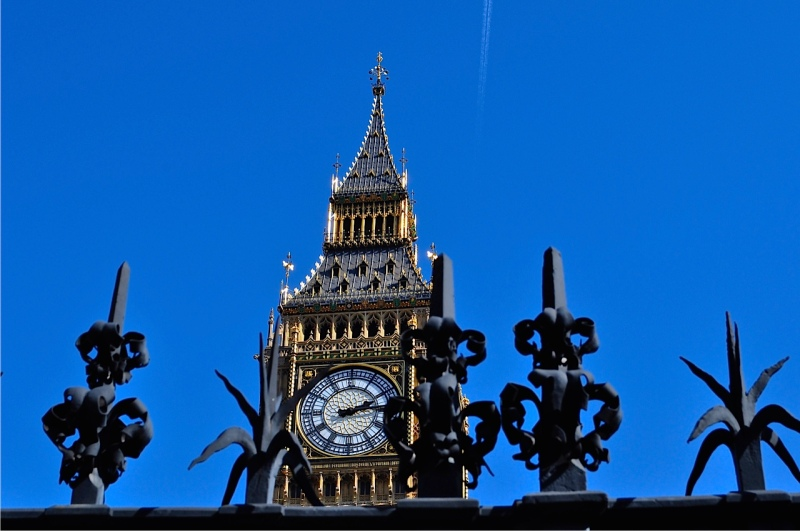 Queen Elizabeth Tower (Big Ben) Westminster by Sue Lowry