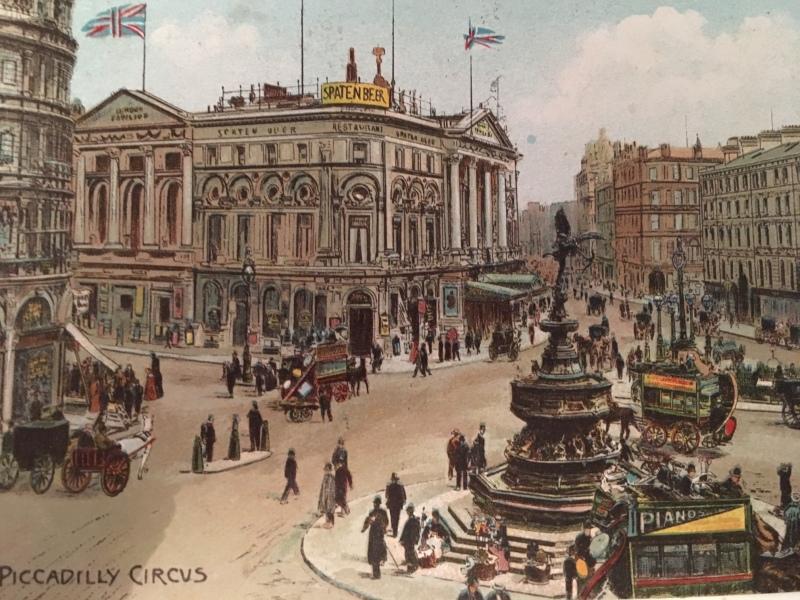 Piccadilly Circus - London Bridge Hotel Postcard Archive