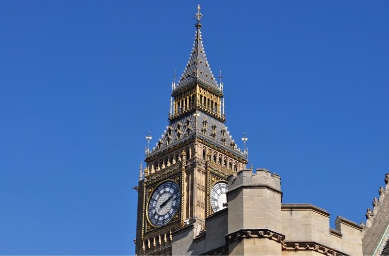 Queen Elizabeth Tower (Big Ben) Westminster by Sue Lowry