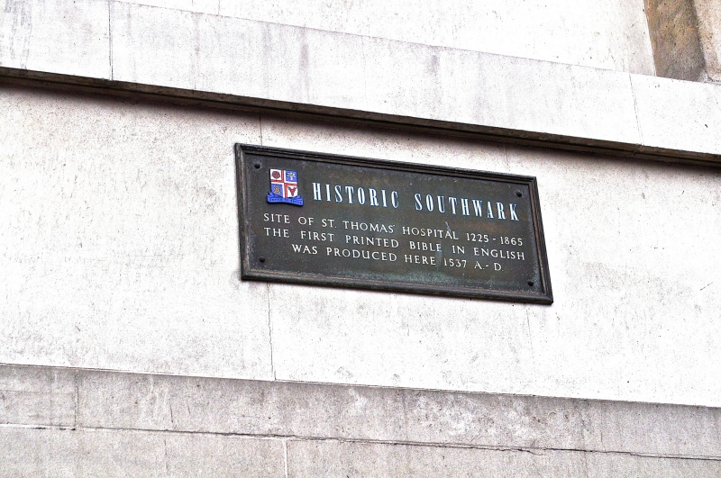 Southwark plaque by Sue Lowry